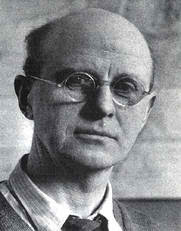 charles elton developed the concept of the food chain When arthur hayman, author of the hayseed chronicles, dies, a bizarre chain of  events conspires to make his series of children's novels world-famous.