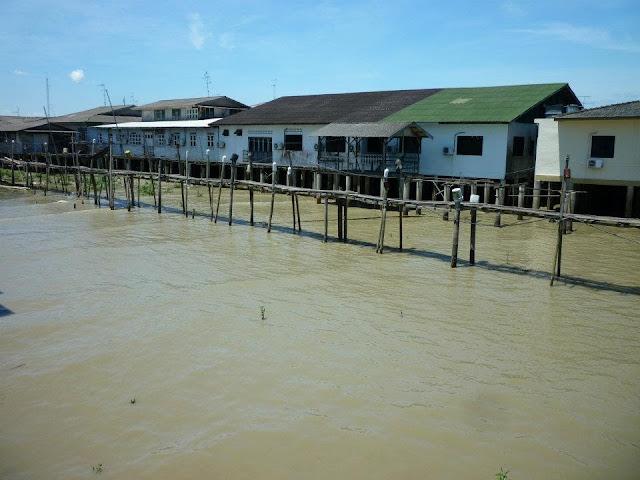 fishing village malaysia