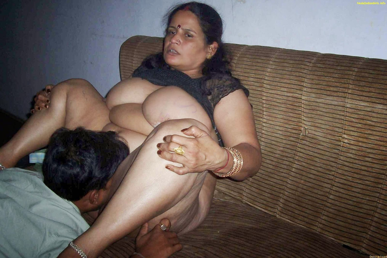 Indian Girls Anus Complete indian desi girls | girl room pictures