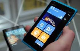 Ponsel 4G LTE Lumia 900