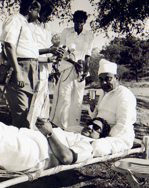 Shivaji Ganesan & Director Banthulu in Shooting Spot