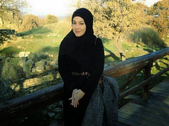 Umie Aida Sangsi Tujuan Pemberian RM80k, Tiada Dalam Tawaran Asal