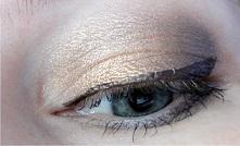 http://simplyawoman86.blogspot.co.uk/2014/12/przykadowe-makijaze-z-paletka-too-faced.html