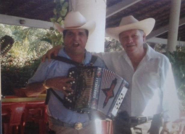 CON SIRIANO HERNANDEZ EN COYUCA DE CATALAN GUERRERO