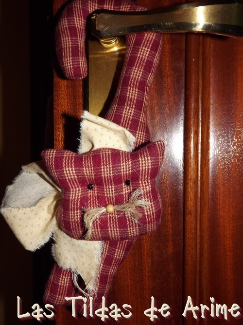 Las tildas de arime mimos otra almohada con perro y colgadores gatunos - Almohada mimos ...