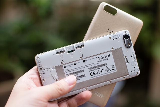 Nap-lung-Huawei-Honor-4C