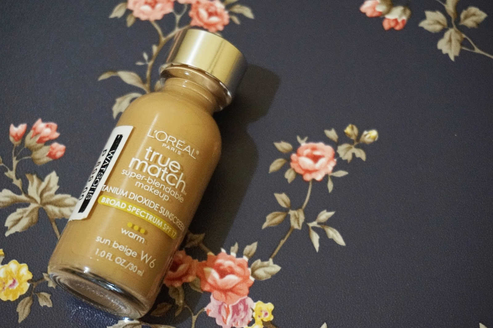I have oily skin and from what I heard the L'oreal True Match Super Blendable foundation is perfect for oily skin so I'm actually pretty excited to try it ...