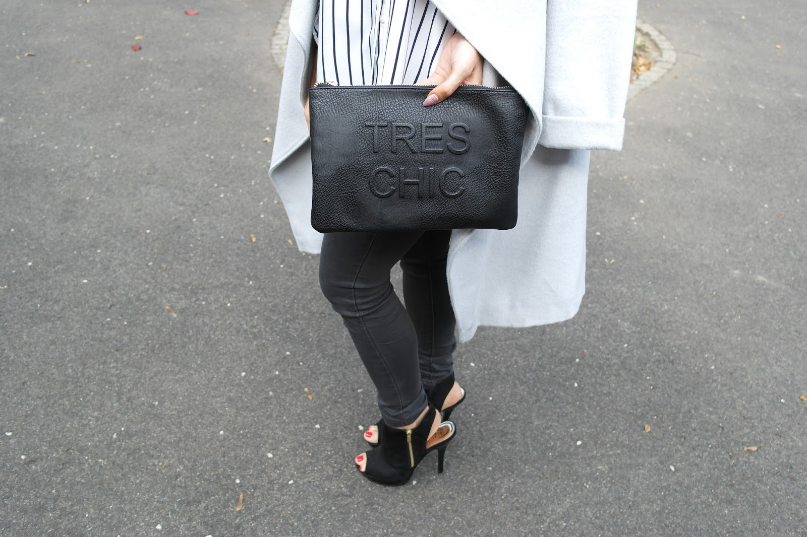 Black Miss Selfridge Clutch bag, fashion blopgger