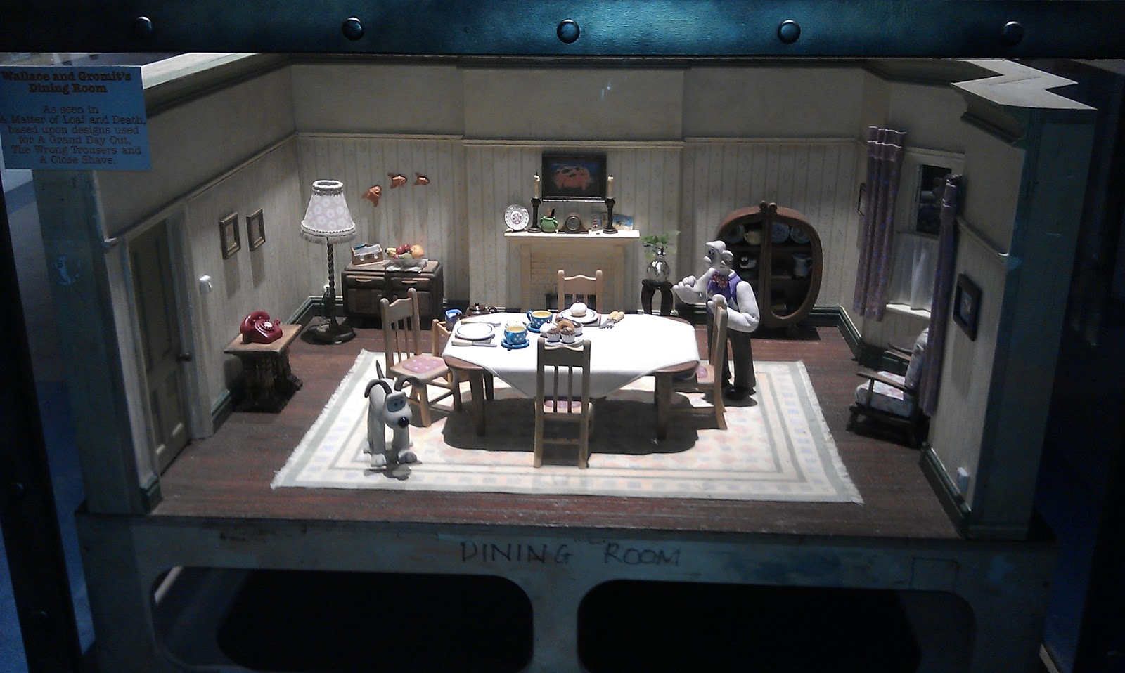 Designer dioramas miniature rooms - 121 Best Art Miniature Sets And Props Images On Pinterest Dollhouse Tutorials Miniature Tutorials And Stop Motion
