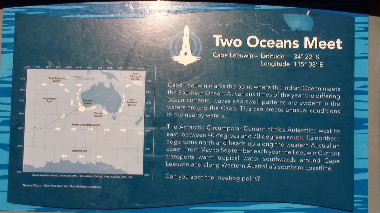 place in the gulf of alaska where 2 oceans meet but dont mix