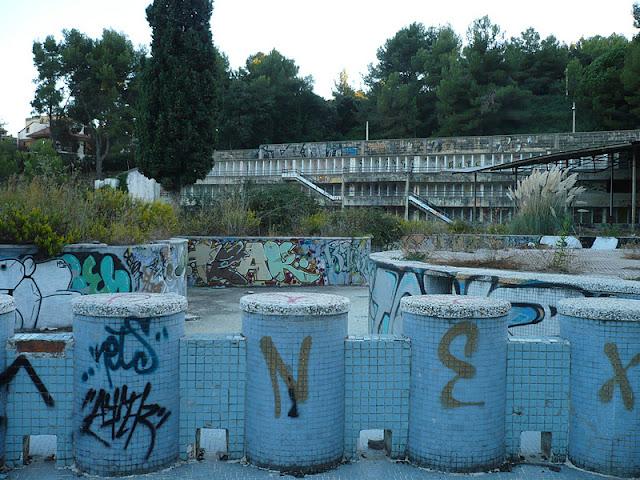 Forgotten and magic places las grandes piscinas for Piscinas desmontables profundas