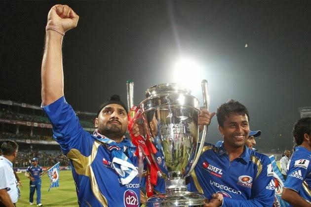 Harbhajan-Singh-MUMBAI-INDIANS-WIN-CLT20-2013