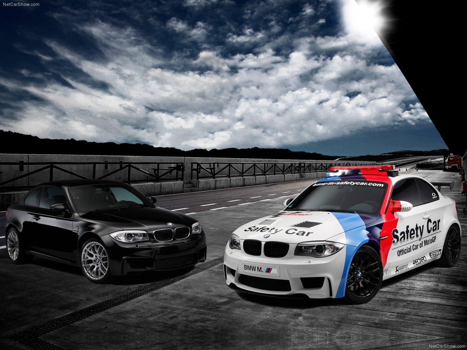 http://2.bp.blogspot.com/-v6ysmuq3xe4/T9ZG32zt0iI/AAAAAAAACCY/7JZZa6RvBd8/s1600/BMW+HQ+Wallpaper+(47).jpg