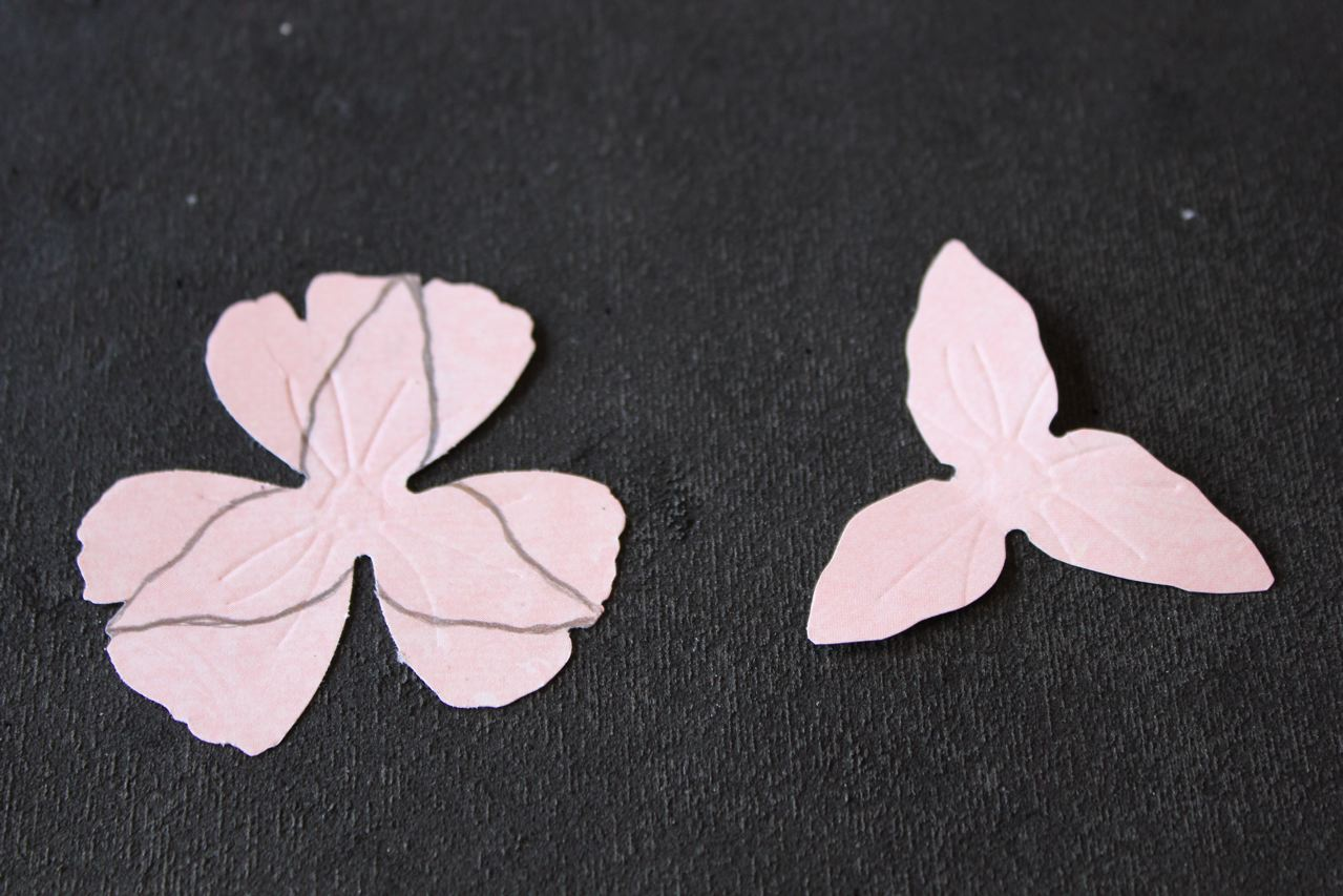 Simply Paper Lily Flower Tutorial