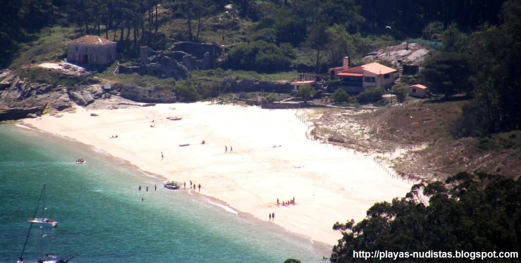 San Martiño beach (Cies Islands, Galicia, Spain)