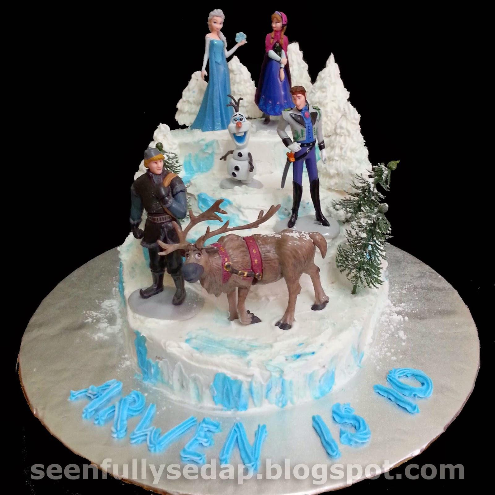 Seenfully Sedap Frozen Birthday Cake