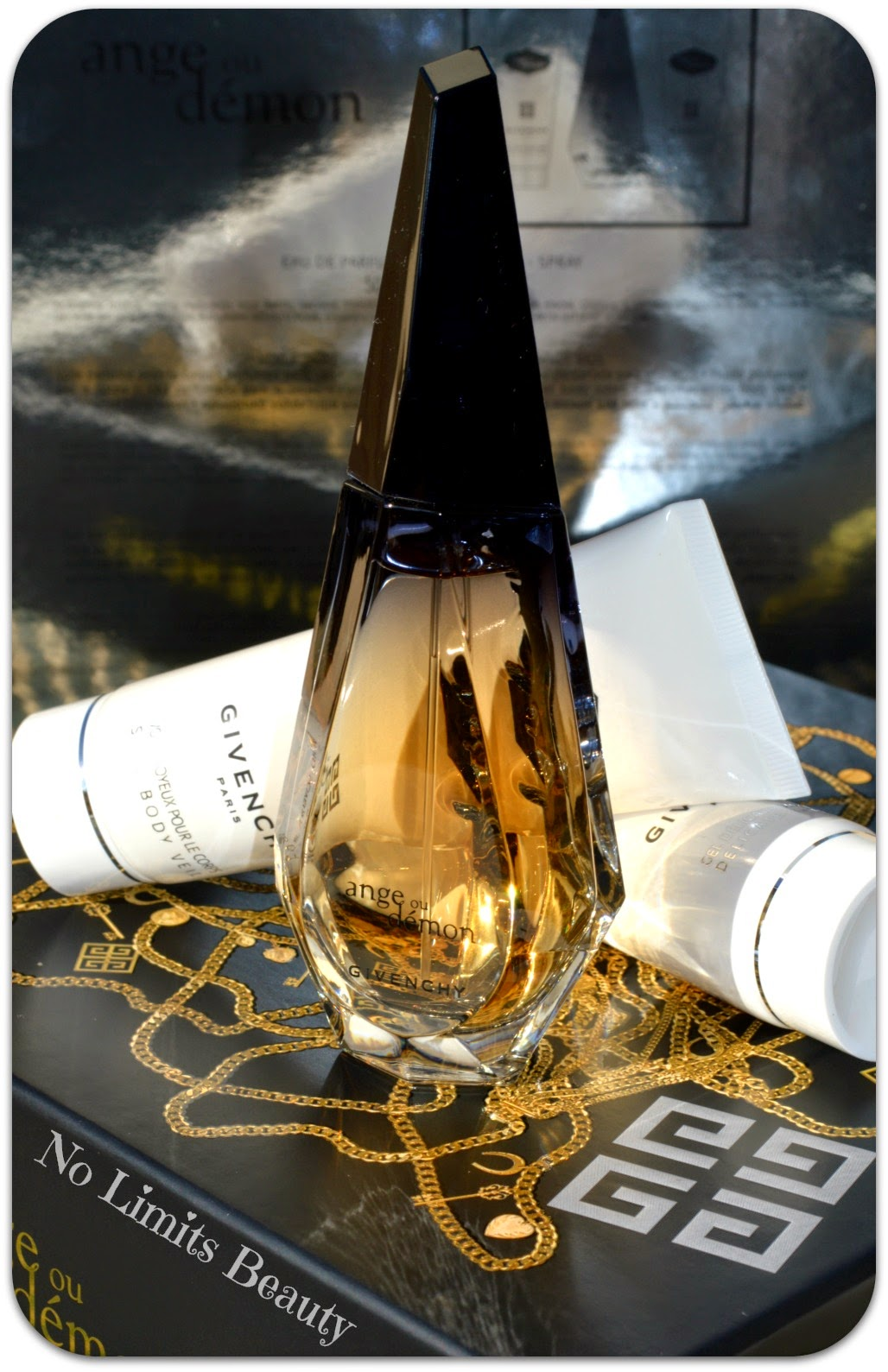 Ange ou Demon de Givenchy: perfume