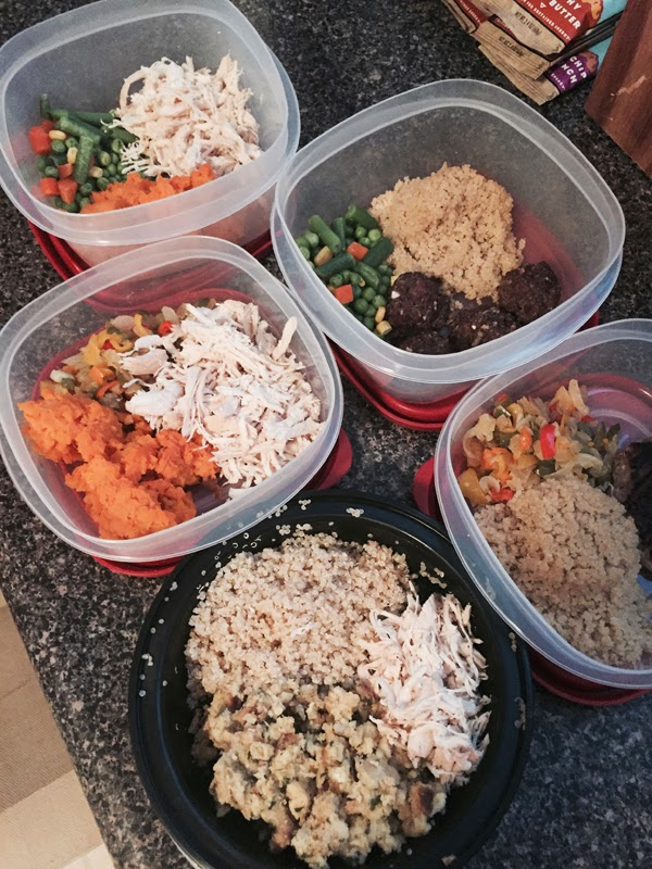 meal prep, meal planning, weekend meal prep, strawberries, fruit, cleaning fruit, eating healthy, food, crock pot, chicken, crock pot chicken breasts, quinoa, meals for the week