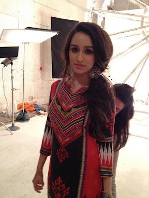 Shraddha Kapoor Long Curly Ponytail Hairstyle