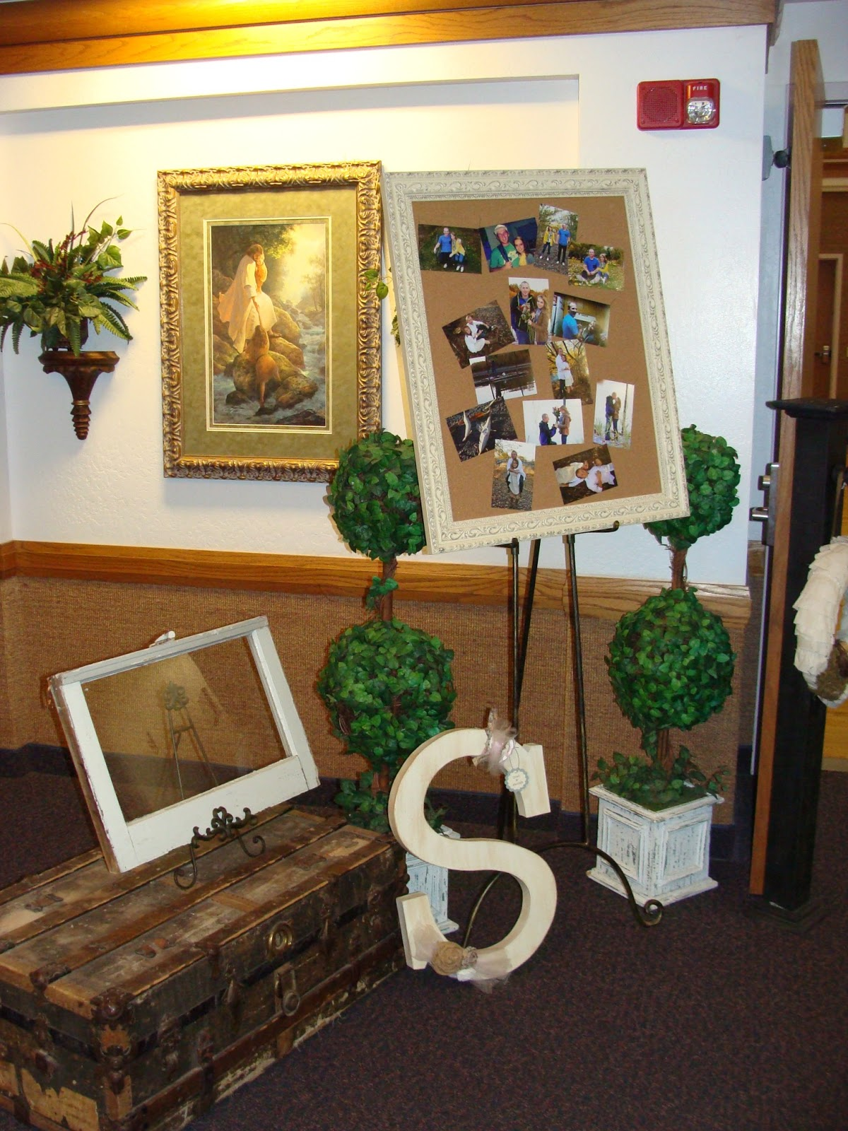 Strong armor burlap and lace wedding for Burlap and lace bedroom