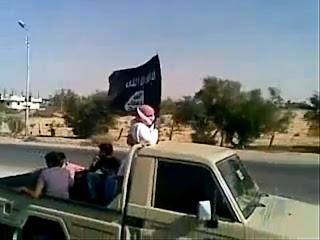 بالفيديو : جهاديون يعلنون مسؤوليتهم عن تفجير إسرائيل وبدأ عملياتهم الإرهابية لإعلان الخلافة الاسلامية داخل مصر وخارجها ووداعا للقومية والعلمانية