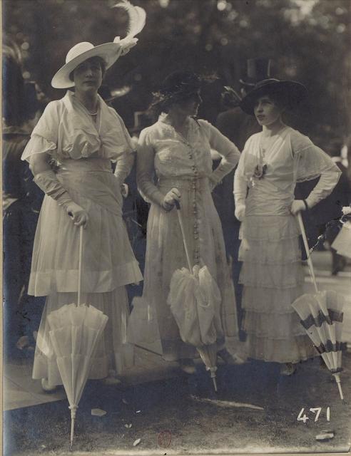 Ruffles Through the Eras ~ 1910s #antique #1910s #edwardian #ruffle #fashion