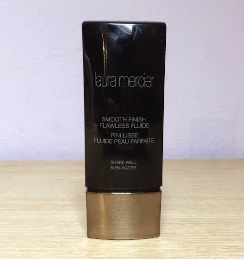 Review: Laura Mercier Smooth Finish Flawless Fluide Foundation