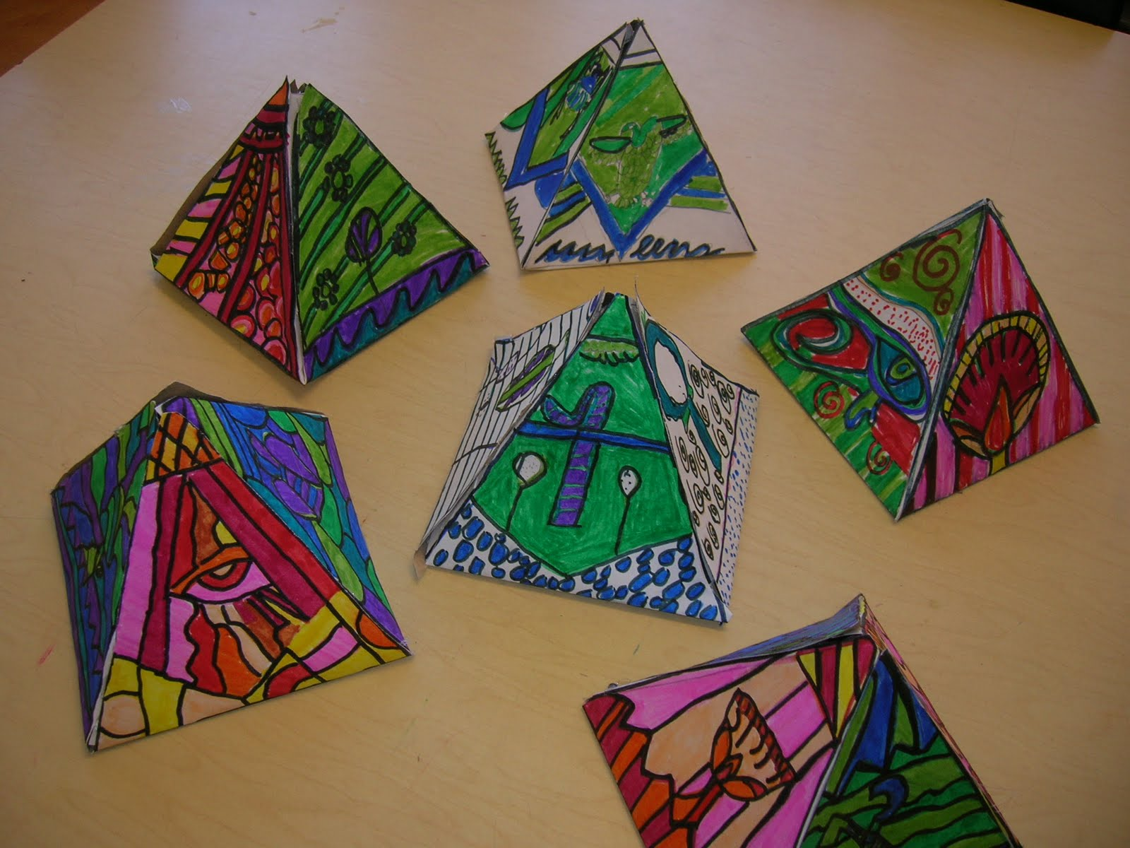 Egyptian Pyramid School Project http://elementaryartroom.blogspot.com/2011/04/romero-britto-pop-art-pyramids.html