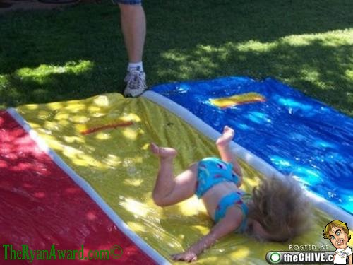 EPIC FAIL! Girls Face plans Slip and Slide