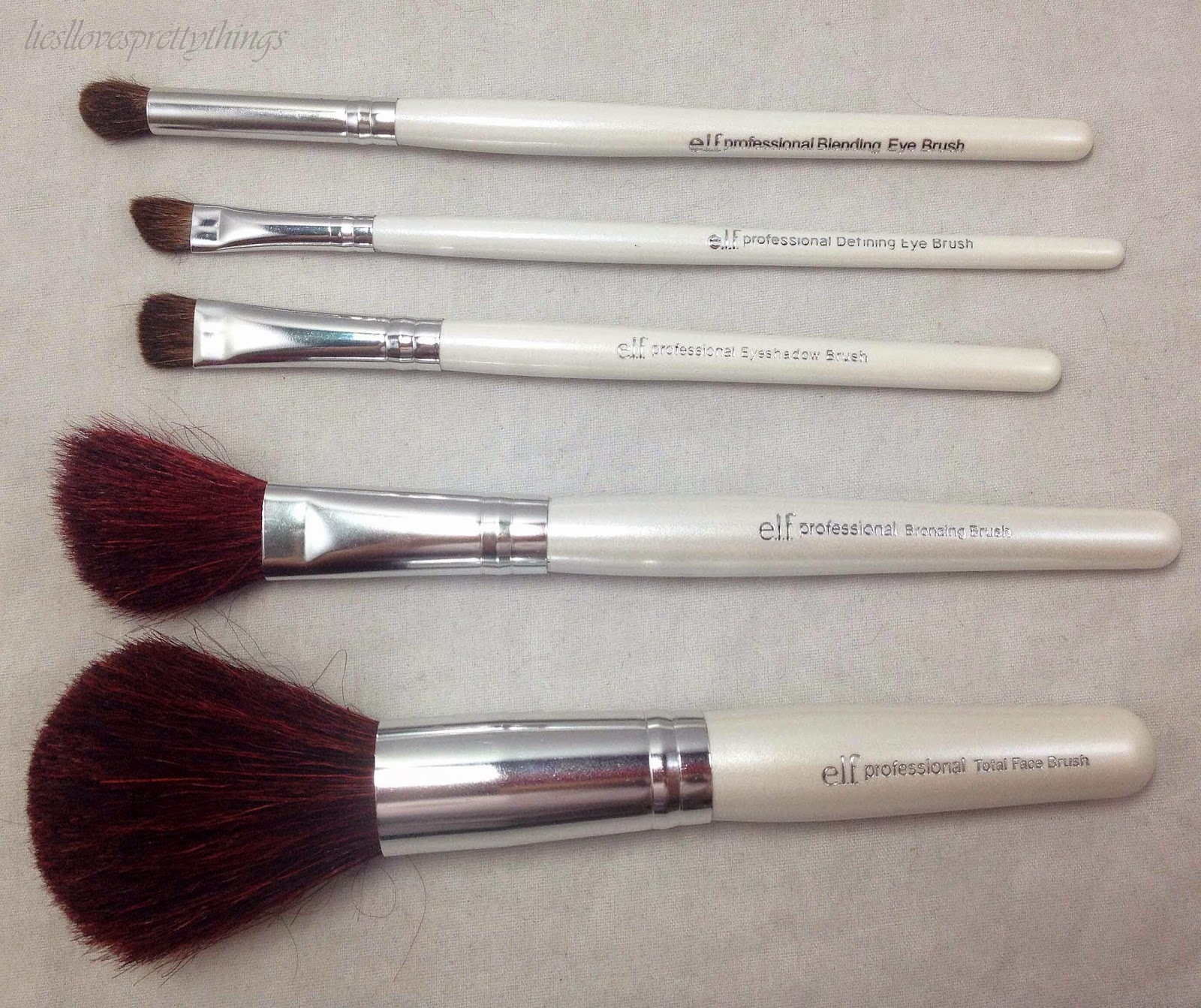 e.l.f. Essential Line Brush Review