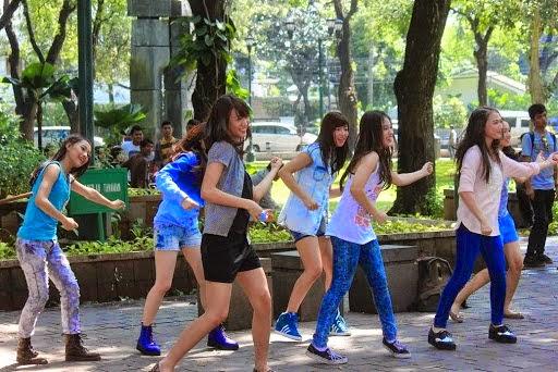 Viva JKT48 Joged Di Taman