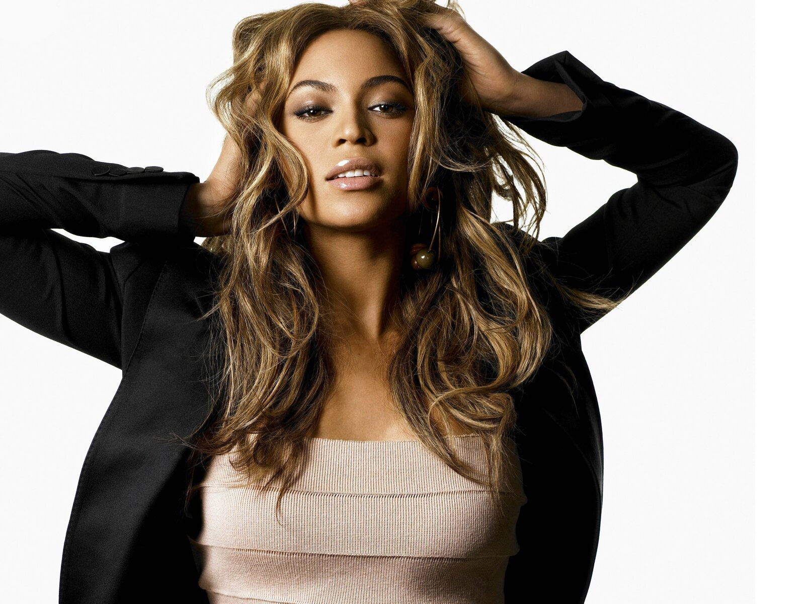 Beyonce Knowles Hot Wallpapers