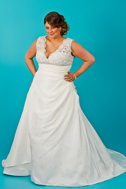 Plus size teal wedding dress