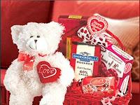 Hukum Menjual Coklat dan Kado Valentine