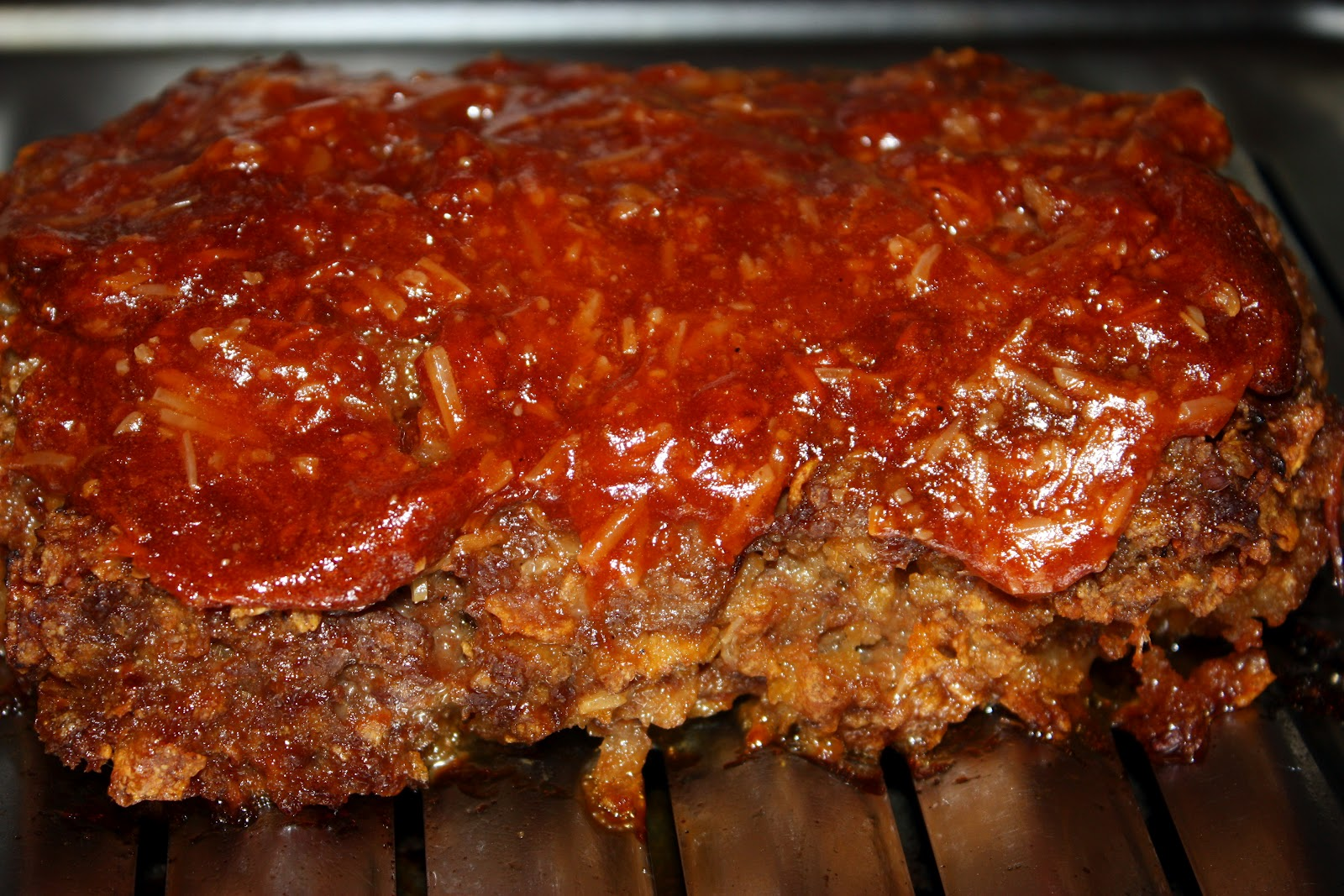 my meatloaf recipe This is the meatloaf i taught myself how to make when i tried to duplicate my  daddy's meatloaf it's a perennial family favorite it's wonderful sliced cold the  next.