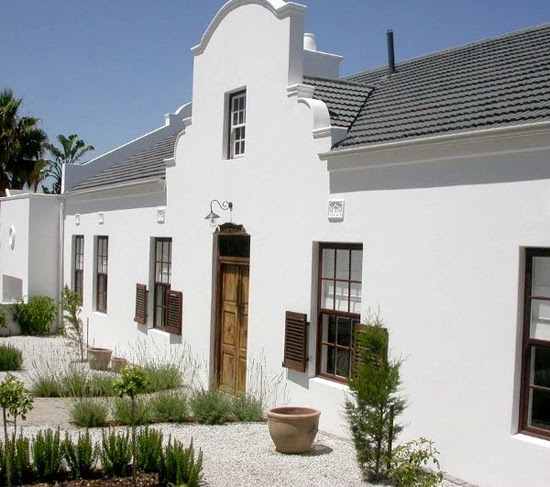 Safari Fusion blog | Cape Dutch architecture | A reinvented Cape Dutch beauty with sculpted facades, white washed walls and spacious interiors, Cape Town South Africa