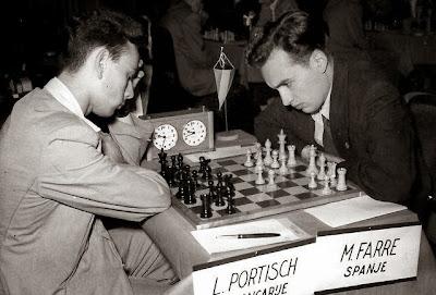 Partida de ajedrez Farré-Portisch, Amberes 1955