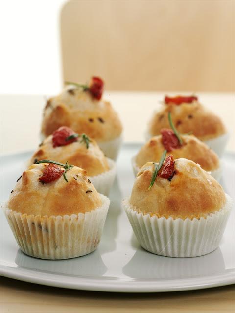 muffin di focaccia pomodorini mozzarella cosa blogga in pentola ricetta cosabloggainpentola