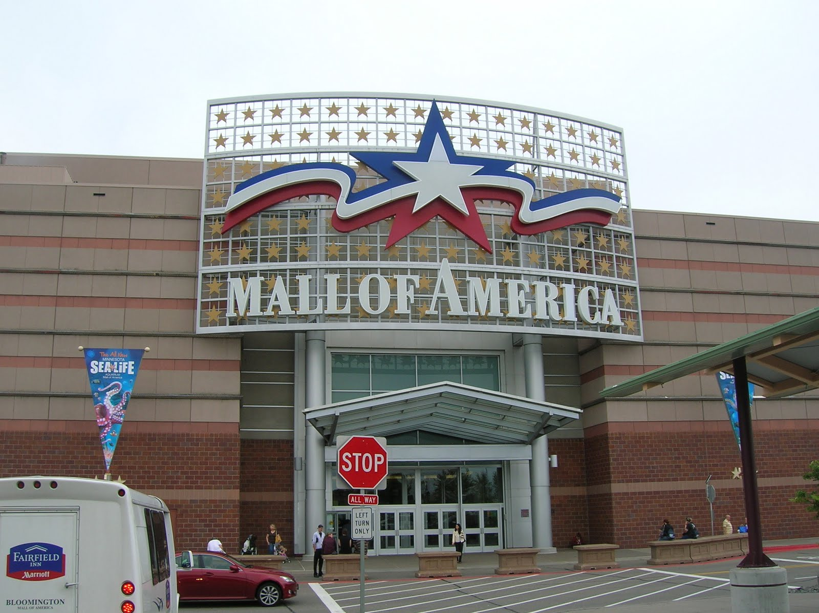 The Mall of America is a proud Beyond the Blue Ribbon company and they demonstrated very clearly why they have been awarded such a distinguished title. I was very proud to work beside these Forever Americans and look forward to their continued support of our mission!/5(K).