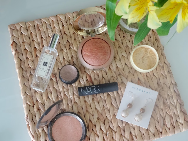 Jo Malone Mimosa & Cardamon, Milani Baked Bronzer in Glow, Jaclyn Hill Becca Cosmetics Champagne Pop, Besame Brightening Face Powder, Nars Audacious Mascara, Mac Electric Cool in Superwatt, M Haskell jewlery