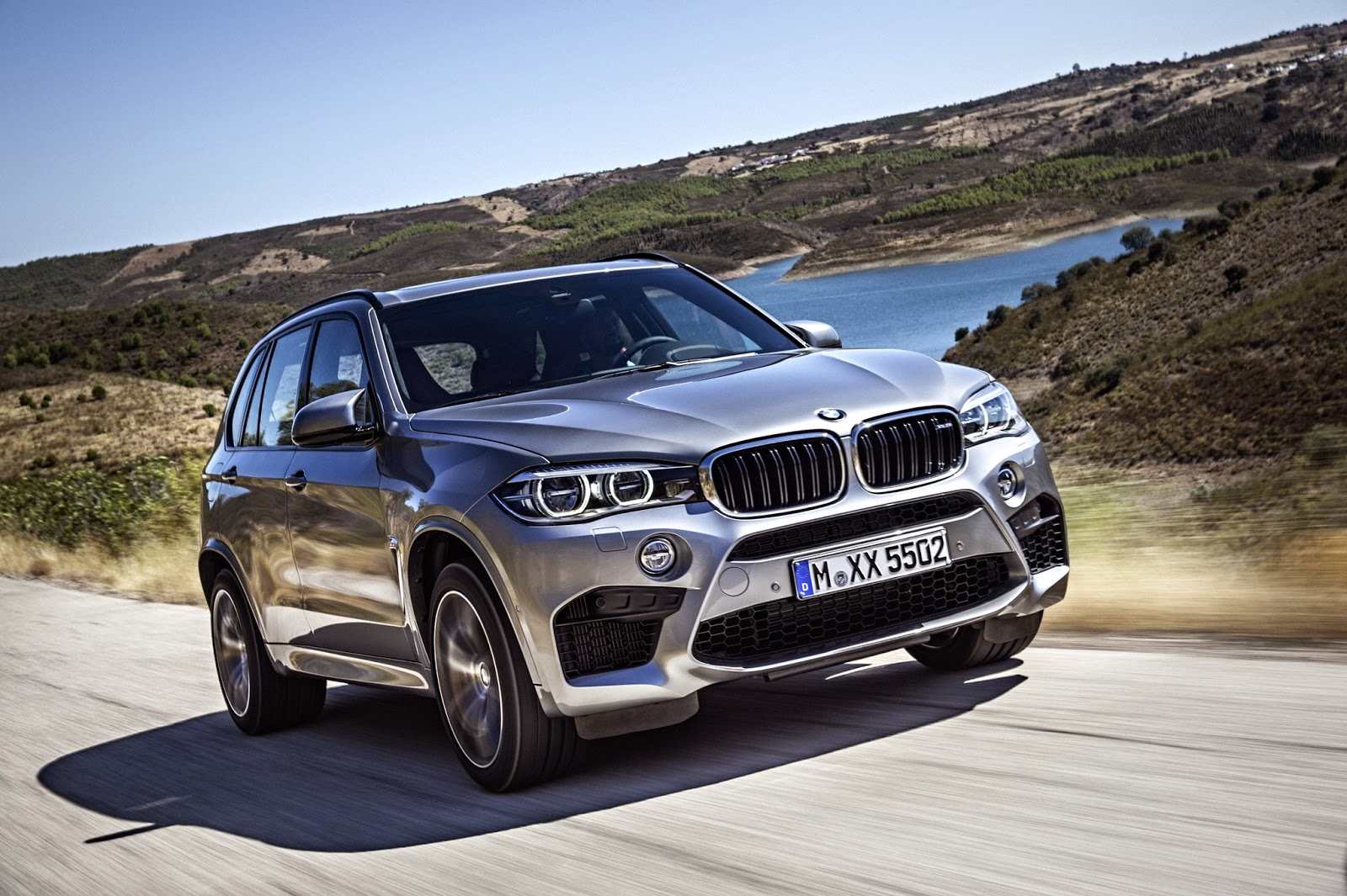 In addition to the modern design and improved systems 2015 bmw x5 m will be equipped with new powerful engine this one athlete will have a new 4 4 l twin