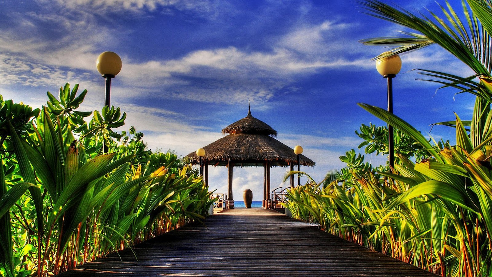 http://2.bp.blogspot.com/-vB8rywEu1Qw/UGz_Tfs5nTI/AAAAAAAAAhk/a6-beVx7Vmw/s1600/welcome+paradise+hdr+HD.jpg
