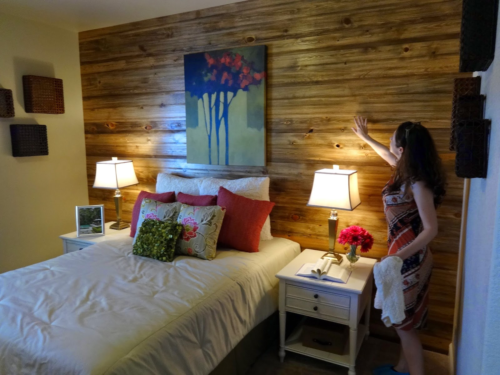 Nerd Bedroom Decorating Inspiration From The Parade Of Homes Kitty Deschanel A