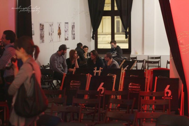UX Faktoria Łódź, Ewelina Choroba Fotografia, kobieta, prelekcja, spotkanie, networking
