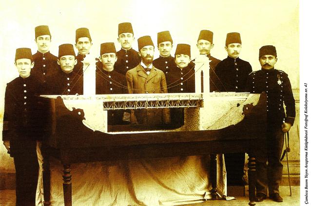 Mühendishâne Mektebi talebelerinin yapmış olduğu köprü maketi