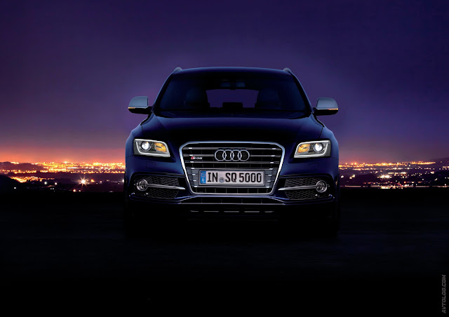 Front picture of Audi SQ5