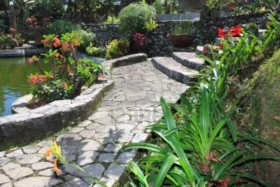 Pavimentos para jard n ideas para decorar dise ar y for Pavimentos de jardin