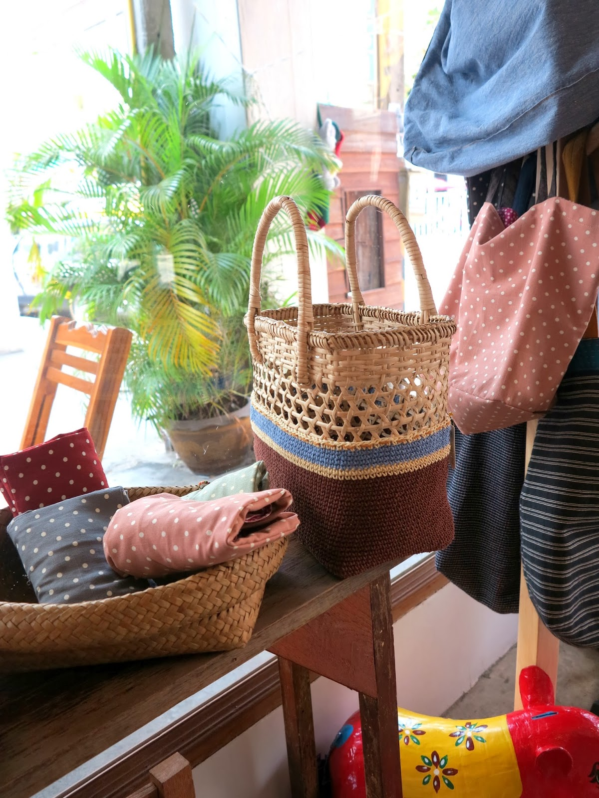 ByHaafner, crochet shop, Bantaktor, Chiang Mai, crochet basket