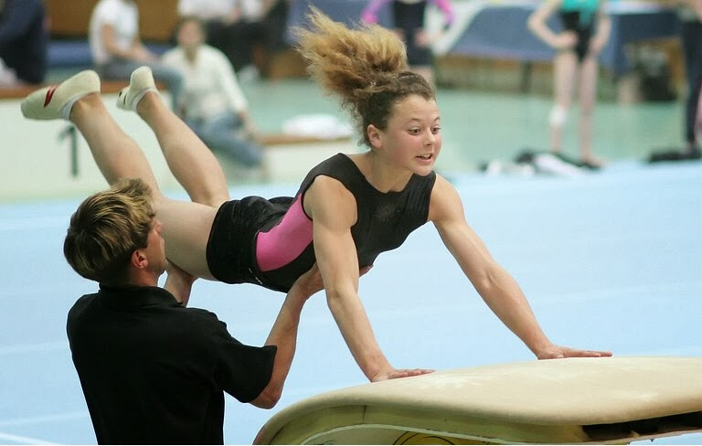 Female gymnasts with large muscular calves - set 2 -