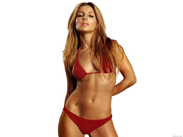 Elsa Pataky Sexy In Red Swimwear Fashion